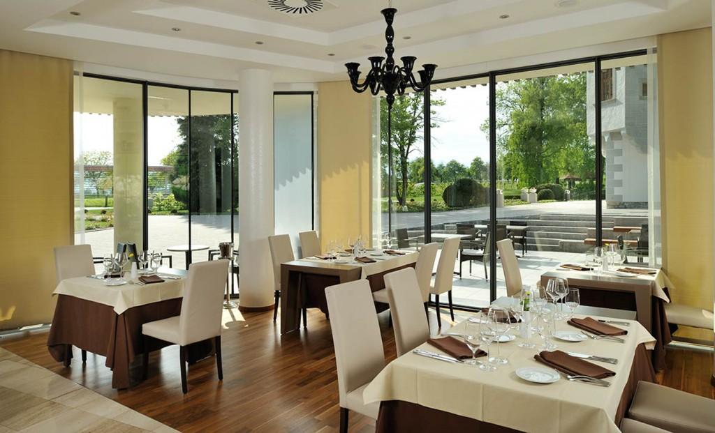 SelectBox_restoran_lambergh_begunje_na_gorenjskem_slovenija_1299x788px.jpg