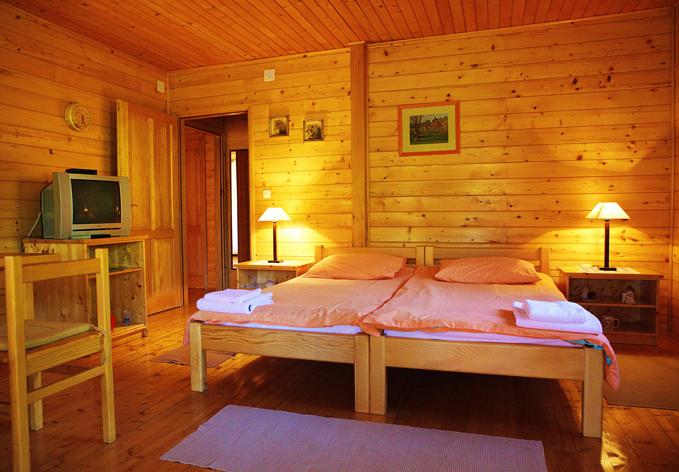 SelectBox_apartmani_mreznicka_kuca_zvecaj_hrvatska_679x472px.jpg